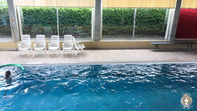 Schwimmbad am Sorpesee im Haus des Gastes
