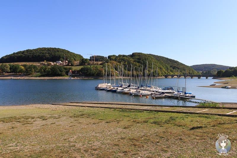 Segelboote am Diemelsee im Sauerland