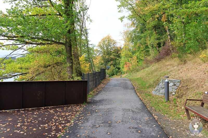 barrierefreier Weg am Hennesee Sauerland
