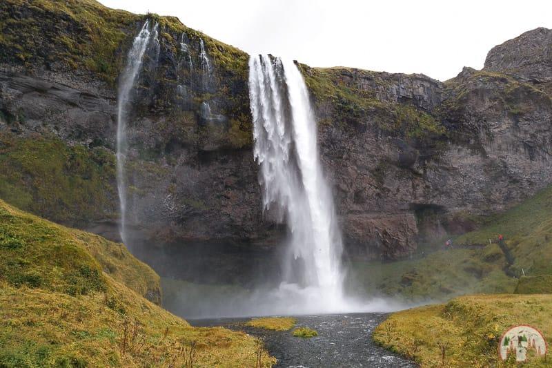 Der Seljalandsfoss am Golden Circle in Island