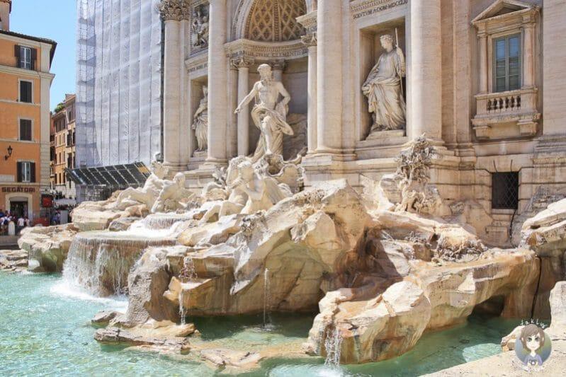 eine der Rom Sehenswürdigkeiten der Trevi Brunnne