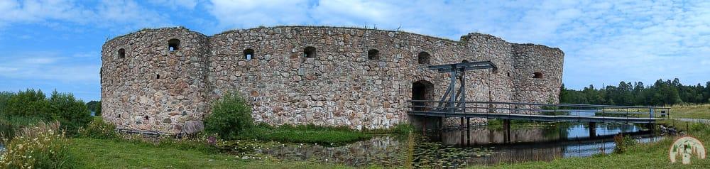 Schlossruine Kronoberg auf Schweden Rundreise in Corona Zeiten