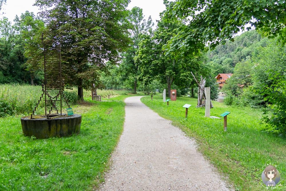 "Kunstweg ""An Fels und Fluss"" in Essing"