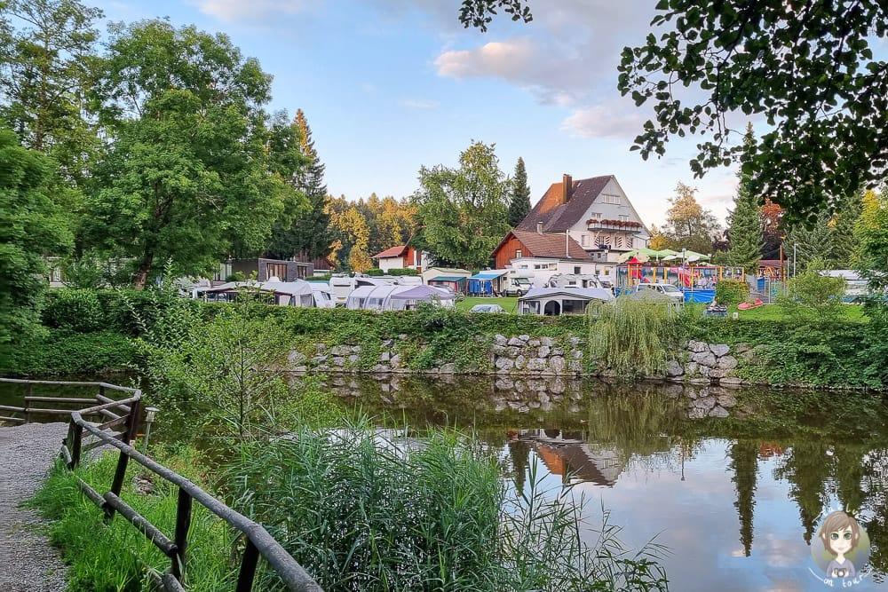 Mietwohnwagen auf einem Campingplatz finden