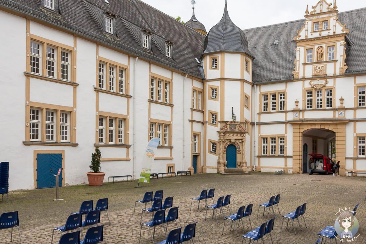 Veranstaltung am Schloss Neuhaus in Paderborn